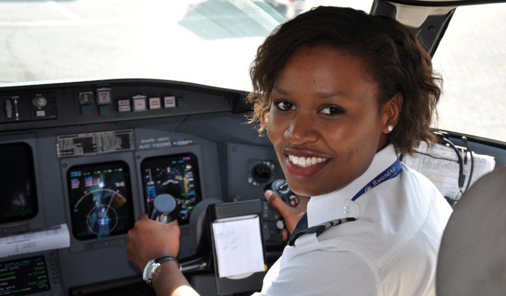Nigeria Aviation Industry: Salaries of Pilots and Air Hostesses